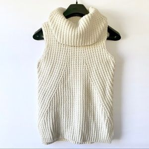 Max Studio | Sleeveless Knitted Turtle Neck (A93)